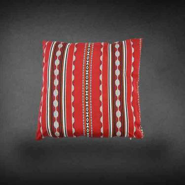 Oriental Cushion Red